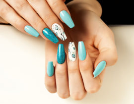 manicure hybrydowy w domowym zaciszu