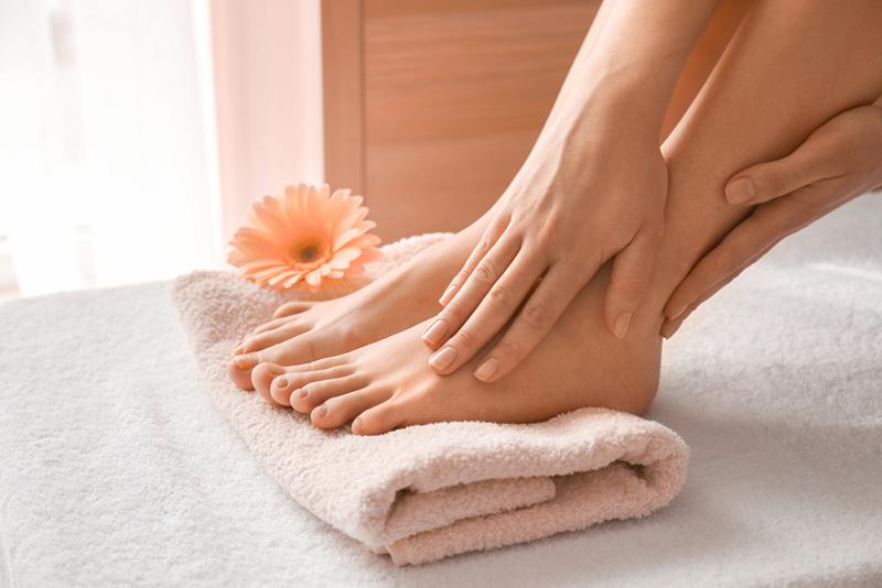 Domowe sposoby pielęgnacji stóp
