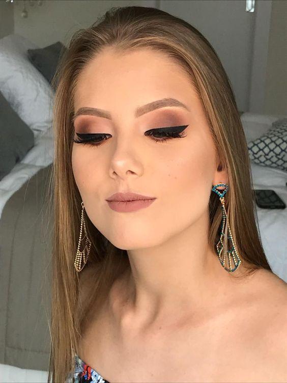 Delikatny makijaż na lato 2019