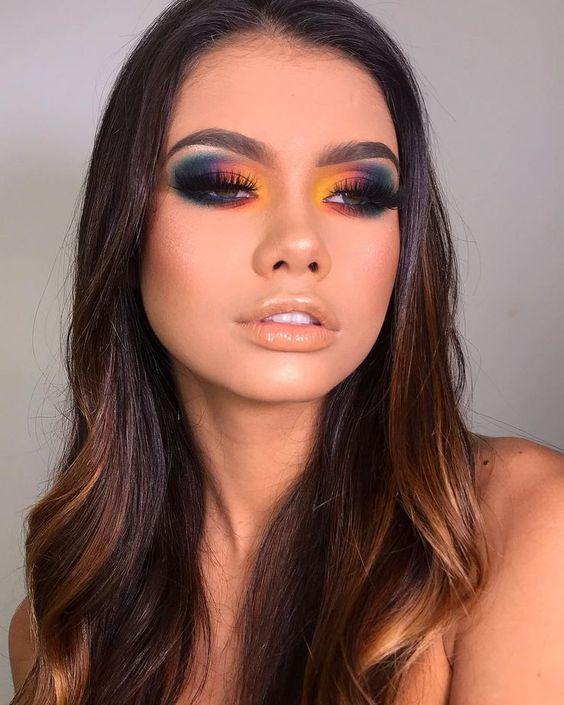 Kolorowy makijaż oka na lato 2019