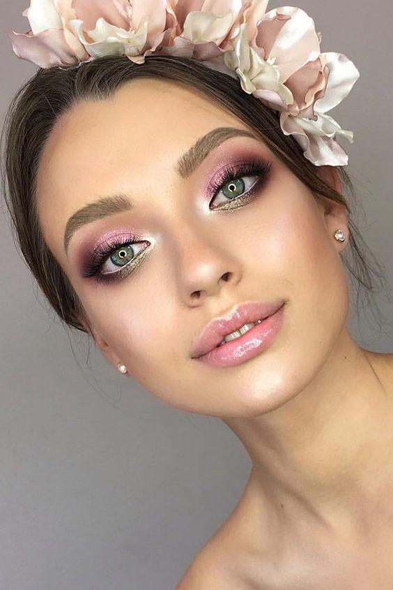 Świecący makijaż ślubny